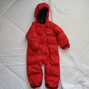 One piece snow suit